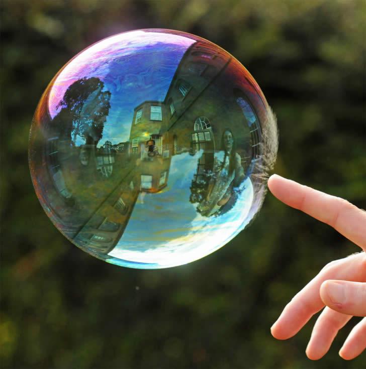 Мыльный пузырь непрочное чудо