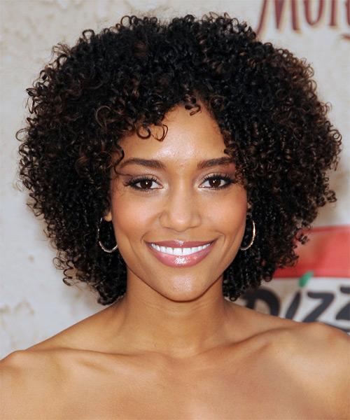 Annie Ilonzeh Hairstyle