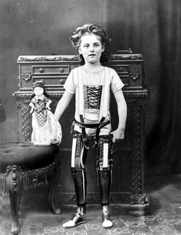 Artificial legs, UK, ca. 1890