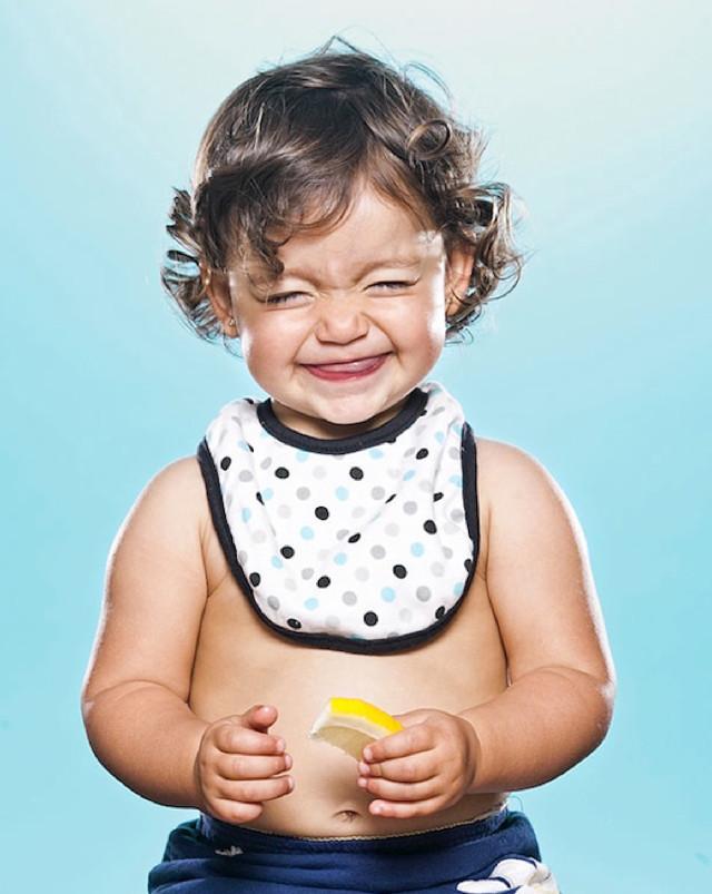 kid-tasting-lemon-1
