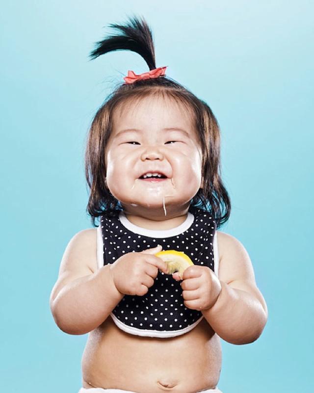 kid-tasting-lemon-6