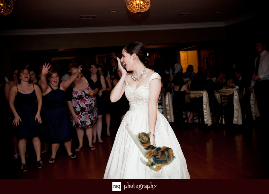 brides-throwing-cats-11